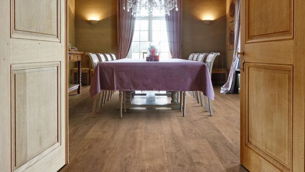50LVPE856-evp-vinyl-flooring-roomscene