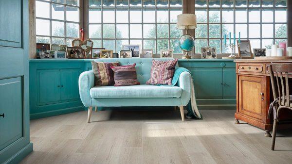 50LVPE857-evp-vinyl-flooring-roomscene